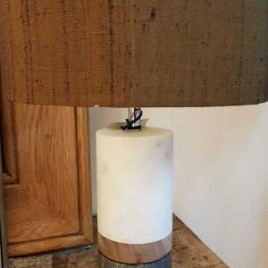 Lámpara mesa mármol c/pantalla seda